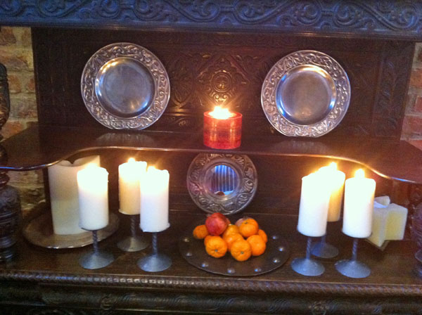 bedern-hall-candles-interior